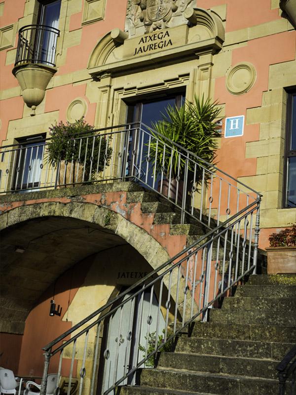 hotel cerca de san sebastian con encanto instalaciones 7