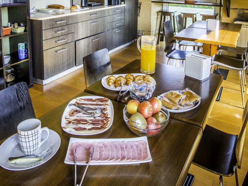 desayunos hotel cerca san sebastian 1