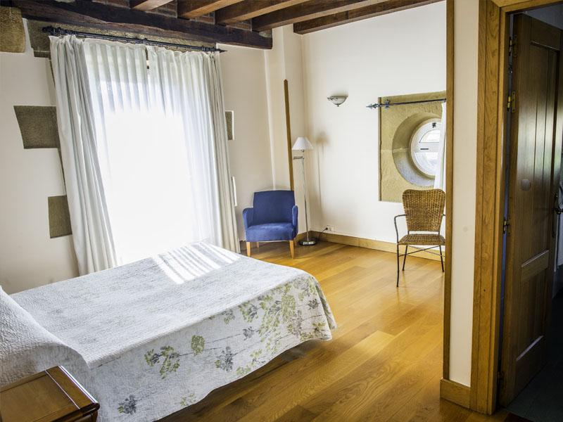 habitaciones hotel cerca de San Sebastian con encanto barato 23