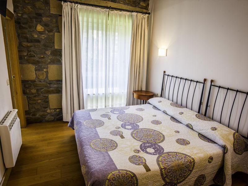 habitaciones hotel cerca de San Sebastian con encanto barato 30